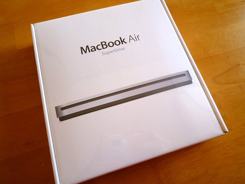MacBook Air SuperDriveの箱