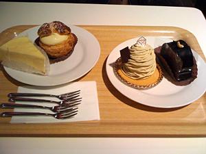 世田谷のEMOカフェのケーキ
